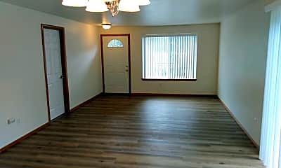 Living Room, 510 Maylea Pl, 2