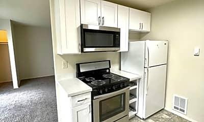 Kitchen, 1033 SW 148th St, 1