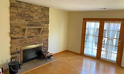 Living Room, 17420 Hughes Rd, 1