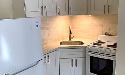 Kitchen, 1121 Torrey Pines Rd, 0