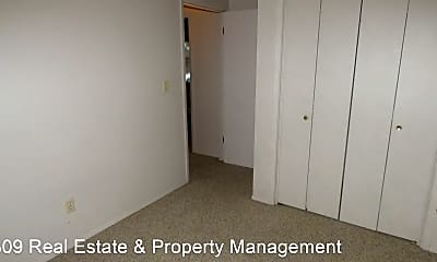 Bedroom, 406 E Main St, 2