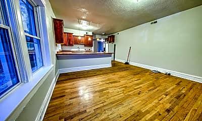Living Room, 3130 Magnolia Ave, 1