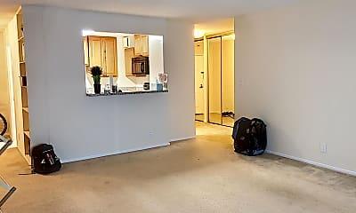 Living Room, 1600 N Oak St 530, 1