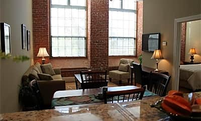 Living Room, 75 Pocasset St 126, 0
