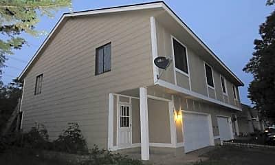 Building, 7432 Vinewood Ln N, 0