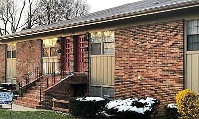 Building, 388 Redding Rd 8, 0