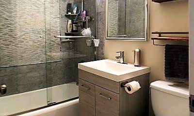 Bathroom, 33 E Cedar St., Apt. 3D, 2