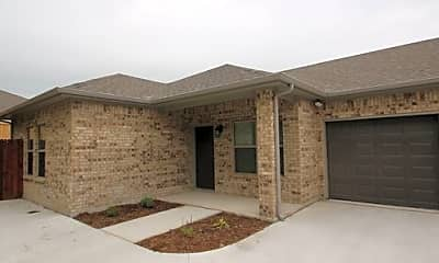 Building, 213 Stewart Bend Ct, 1