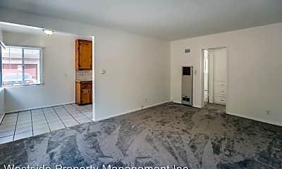 Bedroom, 124 N Inglewood Ave, 1