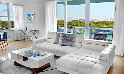 Living Room, 5101 Collins Ave A, 1