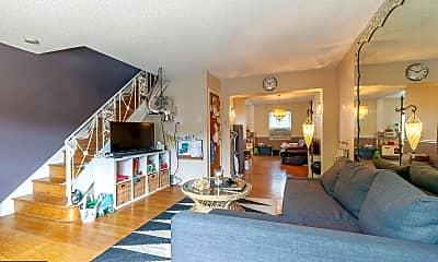 Living Room, 607 Gaul St, 0