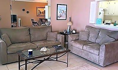 Living Room, 238 Markham K, 1