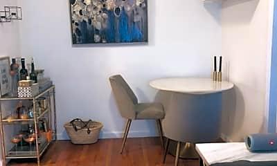 Dining Room, 211 E 21st St, 1