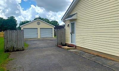 Building, 13281 August Dr, 1