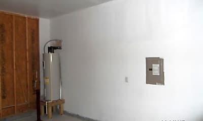 Bedroom, 1417 Deal St, 2