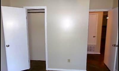 Bedroom, 49 Oak Forest Place, 2
