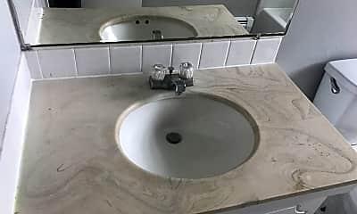 Bathroom, 1845 30th St SW, 2
