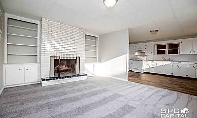 Living Room, 477 High St, 1