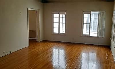 Living Room, 1/2 W Olympic Blvd, 1