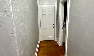 Bathroom, 1717 S Park Ave, 2