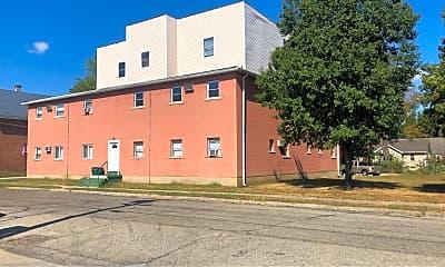 Building, 201 Park Ave, 1