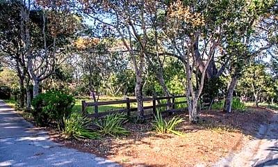 31-VIA-DESCANSO-PIC-FRONT-GATE ENTRANCE.jpg, 31 Via Descanso, 1