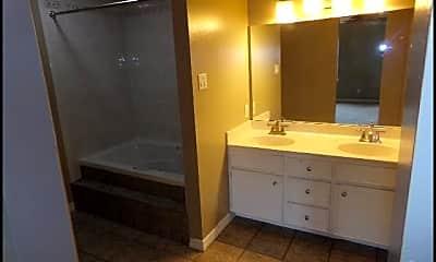 Bathroom, 2105 Westport Loop, 2