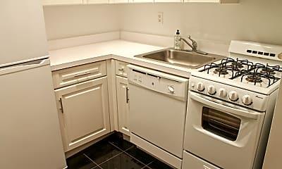 Kitchen, 192 E 76th St, 0