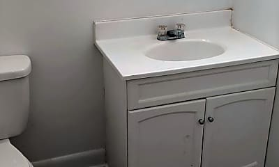 Bathroom, 1719 Providence Rd, 2
