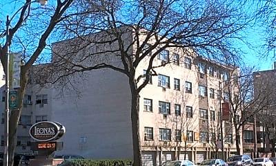 Building, 6919 N Sheridan Rd 501, 0