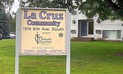 La Cruz Community, 1