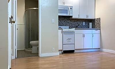 Kitchen, 325 Leavenworth St, 0