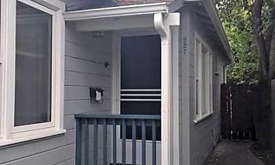 Building, 925 Roosevelt Ave, 1
