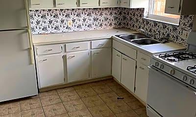 Kitchen, 4241-4245 Manhattan Avenue, 1