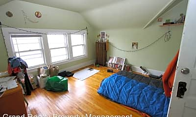Bedroom, 504 University Ave SE, 2