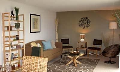 Serrano Apartments, 2