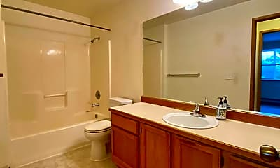 Bathroom, Brighton North Apartments 1549 NE 177th St., 1
