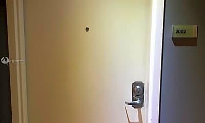 Bathroom, 3301 NE 1st Ave H2002, 1