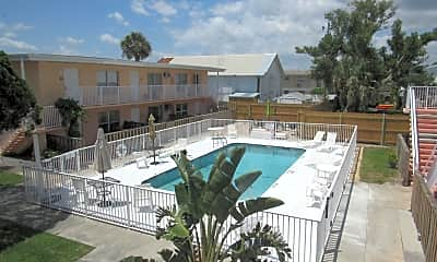 Pool, 7605 Ridgewood Ave 21, 2