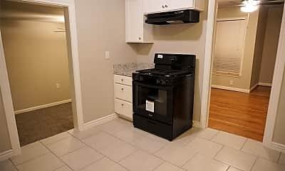 Kitchen, 1040 E Bowie St, 1