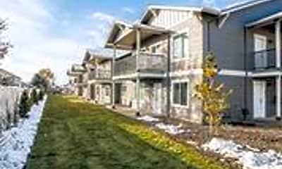 Building, 392 E Kathleen Ave, 2