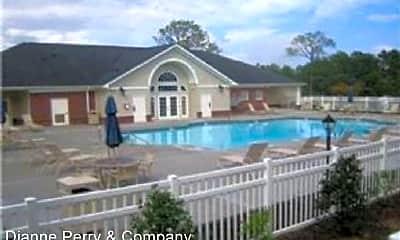 Pool, 2808 Bloomfield Ln, 1