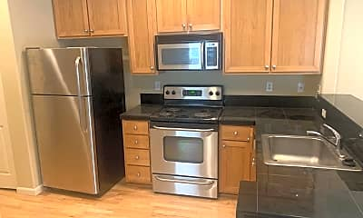 Kitchen, 1100 SW 170th Ave, 1