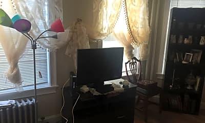 Bedroom, 179 Belmont St, 2