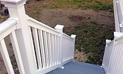 Patio / Deck, 11903 Hickory Creek Dr, 2