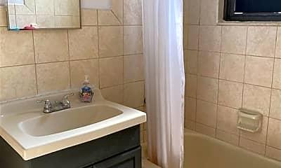Bathroom, 180 Pearsall Dr 1F, 2