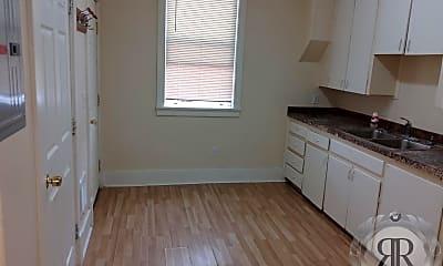 Kitchen, 123 E Pine St, 1