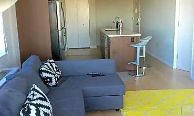 Living Room, 1013 W 28th St, 0
