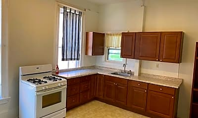 Kitchen, 646 Washington St, 1