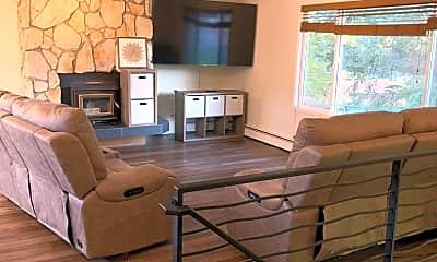 Living Room, 2121 Duvoy Ct, 2